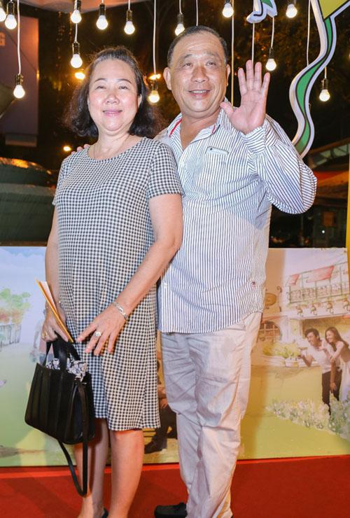 Vắng Hari Won, Trấn Thành lẻ loi xuất hiện giữa bão scandal - 4