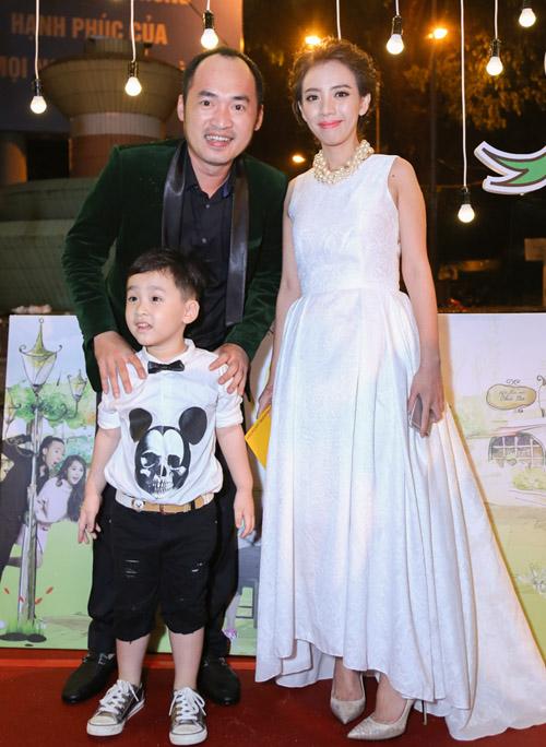 Vắng Hari Won, Trấn Thành lẻ loi xuất hiện giữa bão scandal - 8
