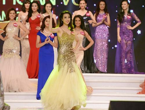 Lục ảnh gợi cảm của Mỹ Linh khi thi Hoa hậu Hoàn vũ - 9