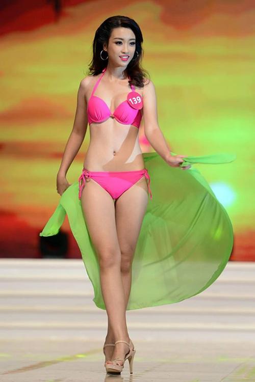 Lục ảnh gợi cảm của Mỹ Linh khi thi Hoa hậu Hoàn vũ - 11