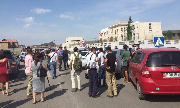Khủng bố đánh bom đại sứ quán Trung Quốc ở Kyrgyzstan - 2