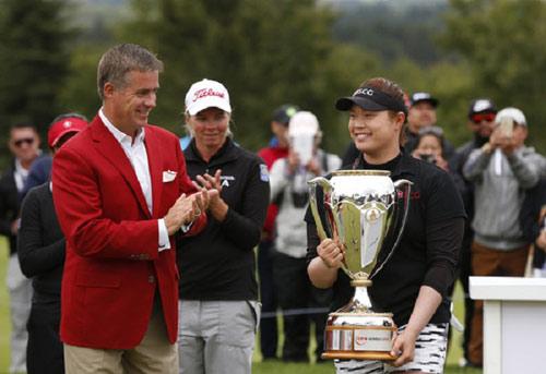 Golf 24/7: 4 ngày, thần đồng 6 tuổi giành 3 danh hiệu - 2