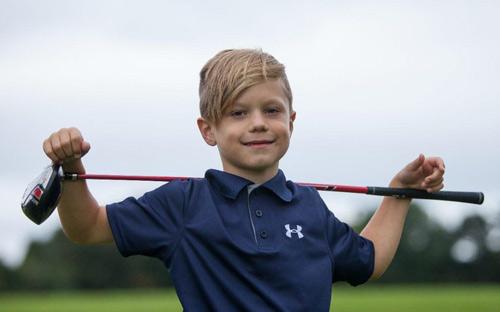 Golf 24/7: 4 ngày, thần đồng 6 tuổi giành 3 danh hiệu - 1