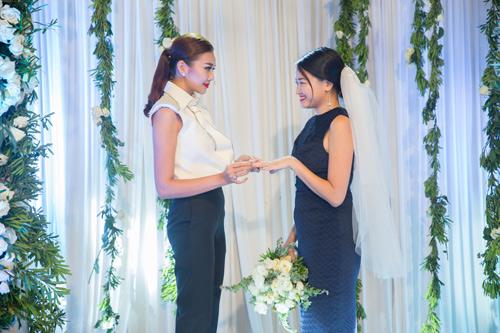 Bật mí màn cầu hôn lãng mạn của Thanh Hằng - 1