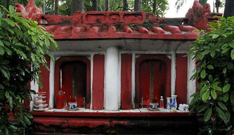 Kỳ bí khu mộ cổ hơn trăm năm trong công viên Tao Đàn - 6