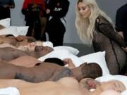 Choáng với 12 bức tượng khỏa thân của vợ chồng cô Kim