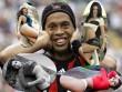 SAO Brazil thất thế: Ronaldinho, phù thủy mê chân dài (P4)