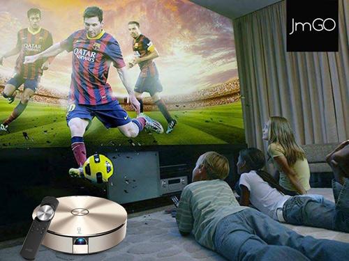 Cuồng nhiệt bóng đá với máy chiếu Android JmGO độc đáo - 1