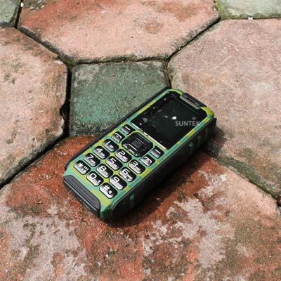 """Điện thoại chống nước, Pin dùng 20 ngày giá 599.000 """"mua 1 được 2"""" - 3"""