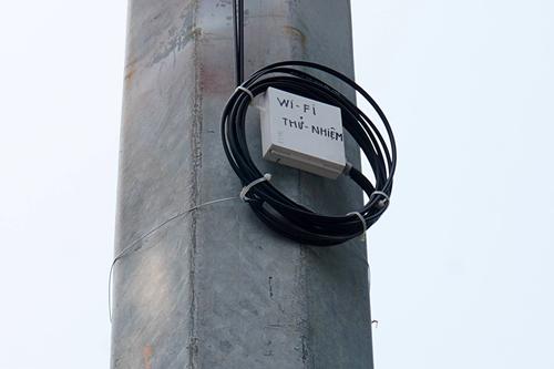 Trải nghiệm wifi miễn phí trên phố đi bộ quanh Hồ Gươm - 6