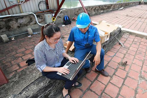 Trải nghiệm wifi miễn phí trên phố đi bộ quanh Hồ Gươm - 8