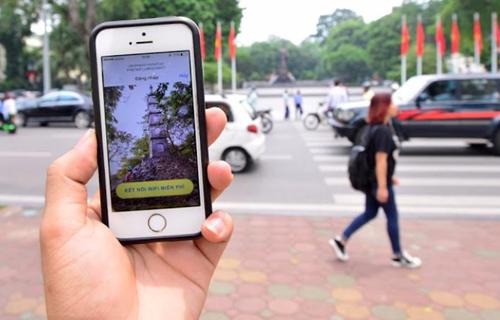 Trải nghiệm wifi miễn phí trên phố đi bộ quanh Hồ Gươm - 9