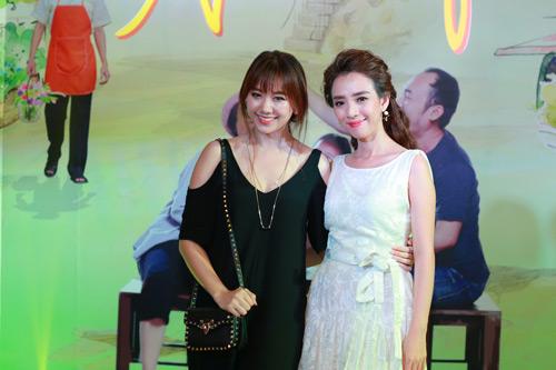 Hari Won một mình ra Hà Nội ủng hộ phim của bạn trai - 2