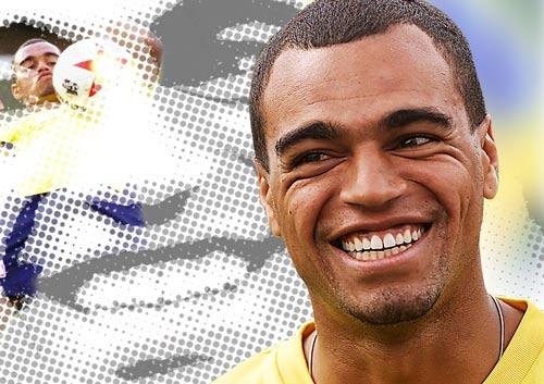 "SAO Brazil thất thế: Denilson - ""Bom tấn"" thế giới, ""bom xịt"" V-League (P2) - 1"