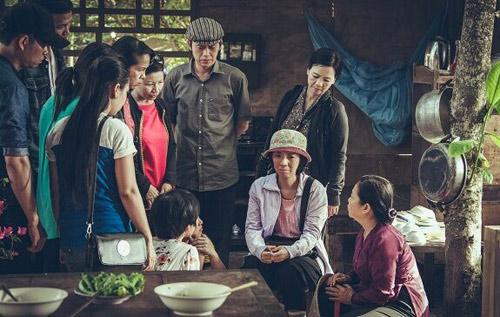 Xúc động với phim của Hoài Linh, Trấn Thành - 1