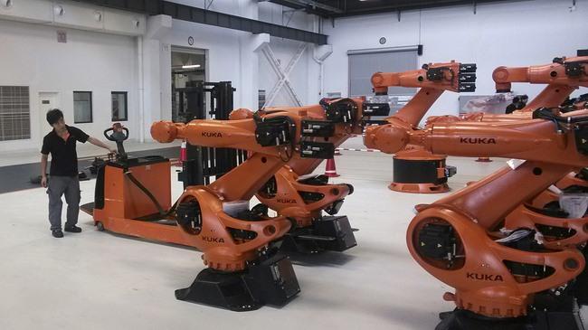 TQ sắp mất nguồn lợi khổng lồ vào tay... robot Mỹ - 1