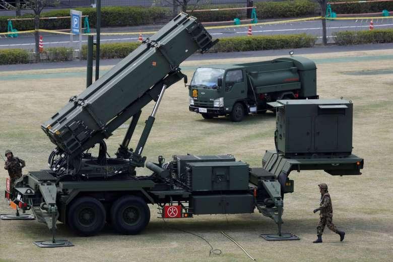 Quân đội Nhật xin thêm tiền làm tên lửa ngăn Trung Quốc - 2