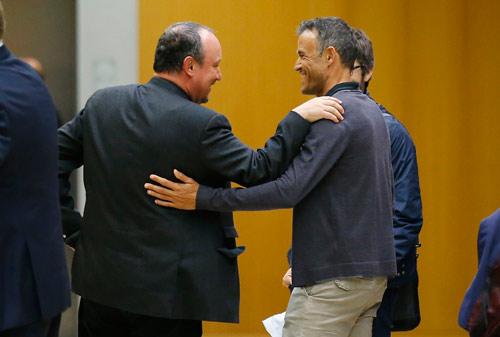 Hội nghị HLV UEFA đủ mặt anh tài trừ… Pep và Conte - 2