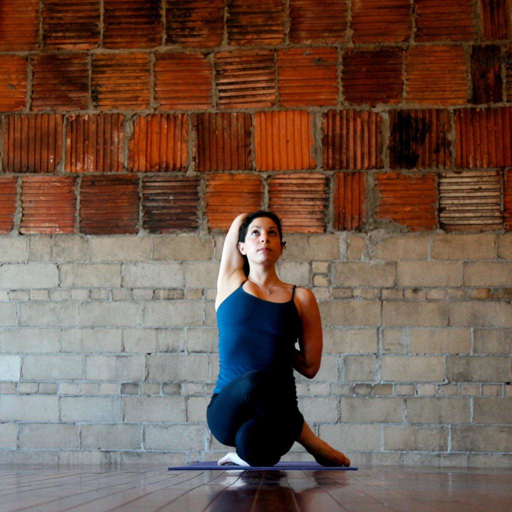 Detox cơ thể từ những bài tập yoga đơn giản - 3