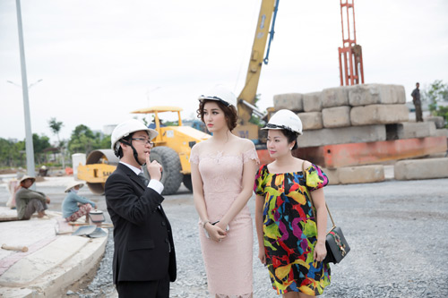 Á hậu Huyền My tậu biệt thự sang khu Nam Sài Gòn - 2