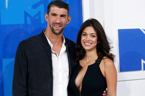 """Mỹ nhân của """"vua HCV Olympic"""" ghét Phelps như thế nào?"""" - 1"""