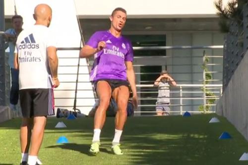 """Ronaldo tập chạy như """"điên"""", hẹn tái xuất tuần sau - 1"""
