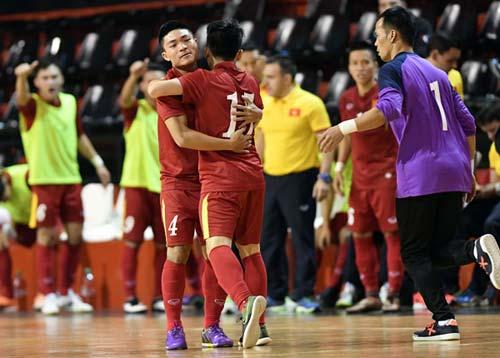 Tuyển futsal Việt Nam thua ngược Argentina - 2