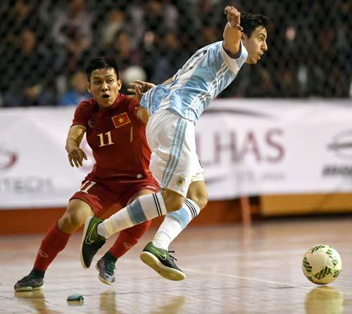 Tuyển futsal Việt Nam thua ngược Argentina - 5