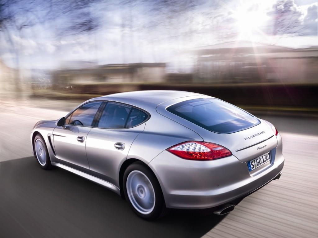 Porsche Panamera thế hệ đầu tiên chính thức ngừng sản xuất - 4