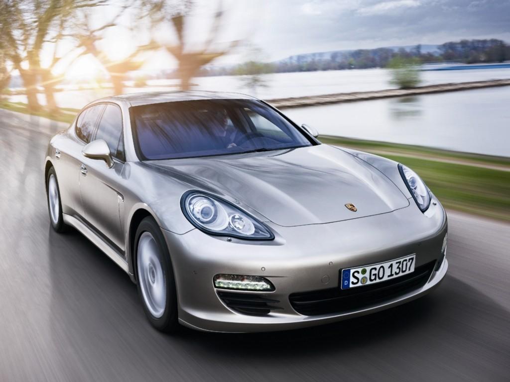 Porsche Panamera thế hệ đầu tiên chính thức ngừng sản xuất - 3