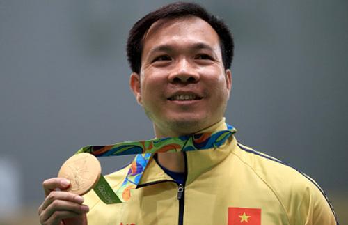 Hoàng Xuân Vinh chiếm ngôi đầu BXH súng ngắn 10m thế giới - 1