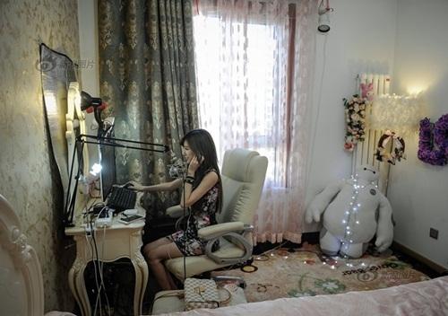 Nữ kỹ sư trở thành streamer nổi tiếng, thu nhập khủng - 7
