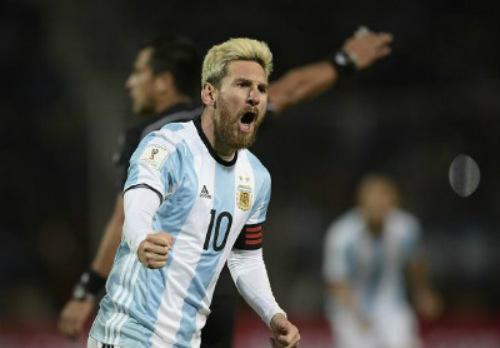 Argentina - Uruguay: Màn tái xuất của Messi - 1