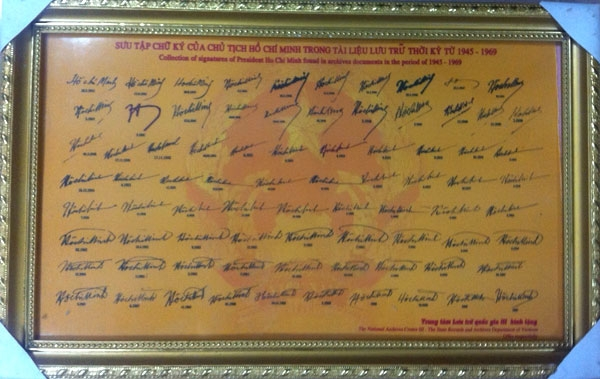 Chuyện chưa kể về bộ sưu tập 79 chữ ký Bác Hồ - 1