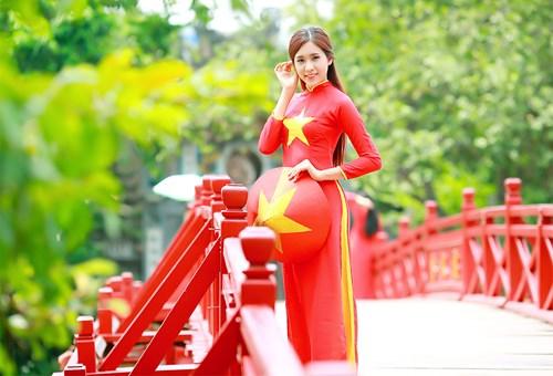 25 nữ sinh đẹp nhất Hoa khôi Sinh viên Hà Nội 2016 - 1