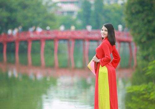 25 nữ sinh đẹp nhất Hoa khôi Sinh viên Hà Nội 2016 - 10