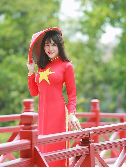 25 nữ sinh đẹp nhất Hoa khôi Sinh viên Hà Nội 2016 - 11