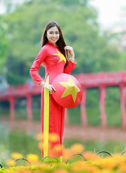 25 nữ sinh đẹp nhất Hoa khôi Sinh viên Hà Nội 2016 - 12