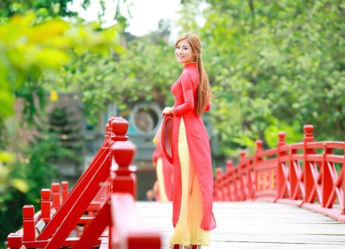 25 nữ sinh đẹp nhất Hoa khôi Sinh viên Hà Nội 2016 - 9