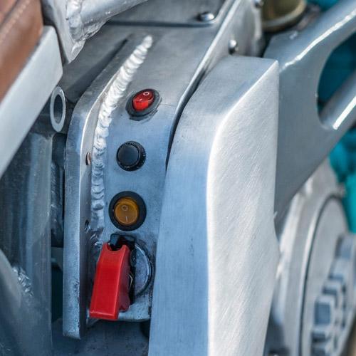 Xế độ Yamaha GTS1000 lột xác với bộ giáp nhôm - 6