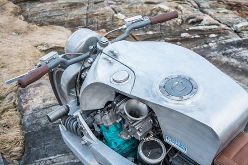 Xế độ Yamaha GTS1000 lột xác với bộ giáp nhôm - 5