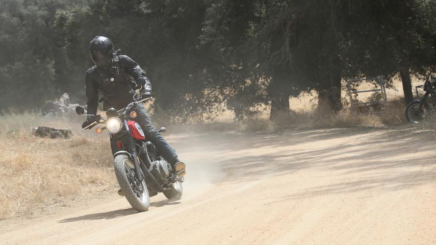 Đánh giá xe Yamaha SCR950 mới: Đối thủ của Ducati Scrambler - 2