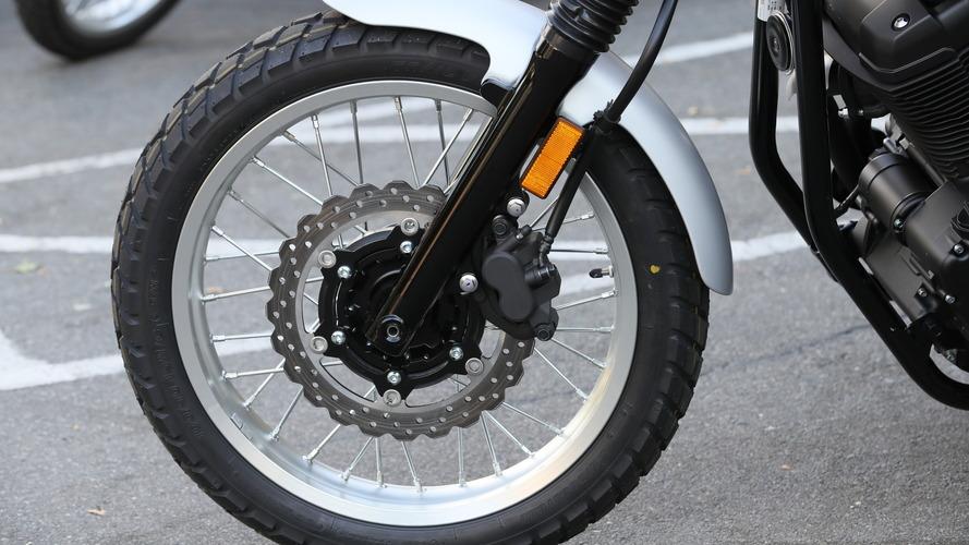 Đánh giá xe Yamaha SCR950 mới: Đối thủ của Ducati Scrambler - 4