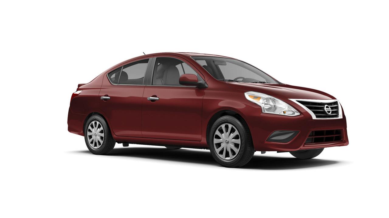 Nissan Versa Sedan 2017 có giá khởi điểm 12.825 USD - 3