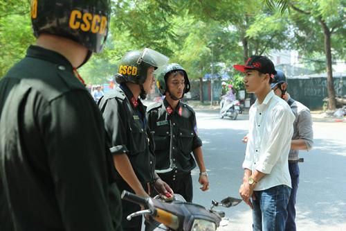 CSCĐ Hà Nội dừng tuần tra ban ngày xử phạt người không đội MBH - 1
