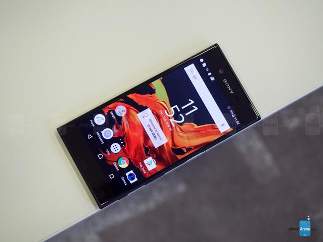 Tại triển lãm IFA đang diễn ra ở Đức, hãng Sony đã chính thức trình làng mẫu điện thoại thông minh cao cấp Sony Xperia XZ.