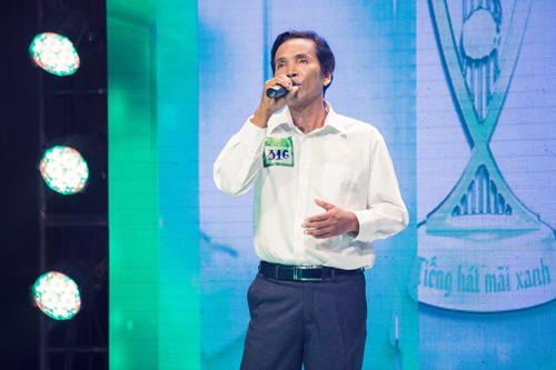 Người nông dân có giọng hát giống hệt Chế Linh - 1