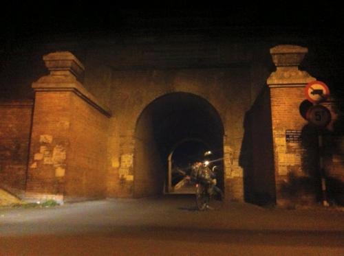 Chàng trai phượt xe đạp từ Hà Nội vào Cà Mau gây sốt - 10