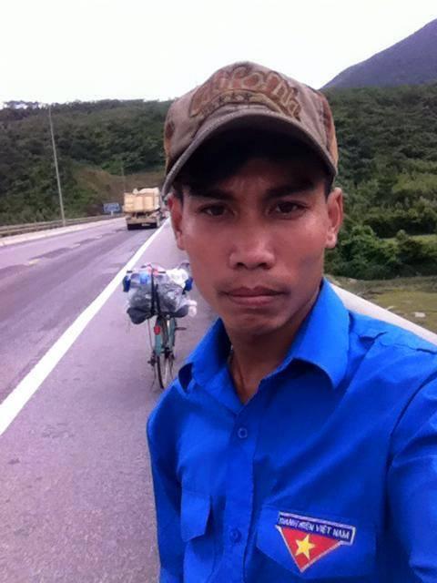 Chàng trai phượt xe đạp từ Hà Nội vào Cà Mau gây sốt - 2