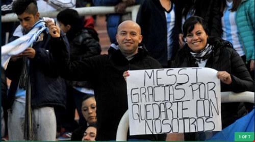 Messi hết giận dỗi, fan vui mừng khôn xiết - 2